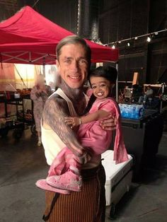 Paul & Ma Petite - American Horror Story Freak Show