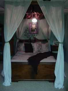 Make your own  Princess  canopy bed. All you need is a sturdy solid : solid bed canopy - memphite.com