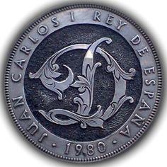 DIMAS SÁNCHEZ MORADIELLOS HOBO COIN - LETTER 'D' FOR DIMAS - SPANISH 5 PESETAS Hobo Nickel, Coin Collecting, Rey, Spanish, Coins, Letter, Carving, My Style, Creative