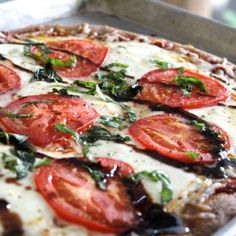 Easy homemade {whole wheat} caprese pizza with a balsamic glaze.