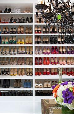 Shoe closet! Algo asi nece