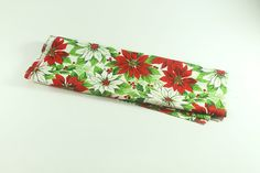 Vintage Christmas Poinsettia Fabric by LivingAVntgLife on Etsy Vintage Crafts, Vintage Sewing, Christmas Poinsettia, Christmas Items, Vintage Holiday, Craft Supplies, Etsy Shop, Fabric, Vintage Couture
