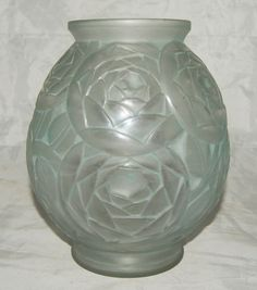Vase frances o 39 connor and glasses on pinterest for Deco vase en verre