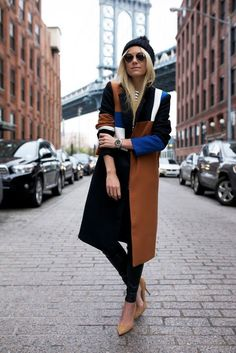 SheIn offers Khaki Black Notch Lapel Color Block Long Coat & more to fit your fashionable needs. Street Style, Street Chic, Street Fashion, Fashion Sites, Fashion Trends, Autumn Winter Fashion, Fall Winter, Winter Style, Coat