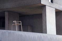 the_funambule_minimalist_wood_chair_loic_bard_8