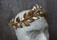 Greek Goddess Gold Leaf Crown - Gold Leaf Tiara. Greek Wedding, Toga Costume, Greek Headpiece, Leaf Garland, Gold Leaf Crown, Circlet