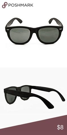 🆕Black retro wayfarer sunglasses Brand new black retro wayfarer party sunglasses Accessories Sunglasses