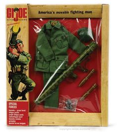 GI Joe Action Soldier Special Forces Green Beret equipment set By Hasbro. Vintage Toys 1970s, 1960s Toys, Vintage Games, Retro Toys, Action Toys, Action Figures, Gi Joe Doll, Military Figures, Green Beret