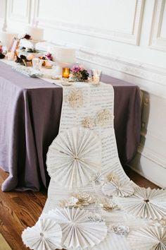 chemin de table mariage avec partitions de musique - Chemin De Table Color