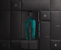 in flagranti design: Lancierung Swiss Crystal Gin Packaging Design, Branding Design, Corporate Design, Graphic Design, Crystals, Brand Design, Package Design, Identity Branding