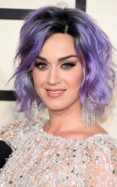 Pin for Later: See Every Rock-Star Beauty Moment From the 2015 Grammys Red Carpet Katy Perry Katy showed off a lavender new lob and a soft smoky eye using CoverGirl's Eye Shadow Quad in Blooming Blushes ($9).