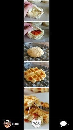 Recipe on  perlenzucker.blogspot.com :)