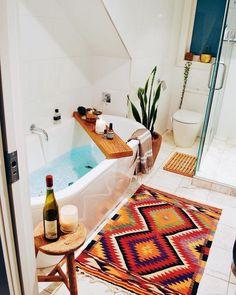 Bohemian Latest And Stylish Home decor Design And Life Style Ideas Budget Home Decorating, Interior Decorating, Interior Design, Bohemian Interior, Bohemian Decor, Diy Wanddekorationen, Boho Dekor, Bohemian Bathroom, Boho Home