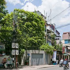 Green Renovation by Vo Trong Nghia To create a urban landscape, that is more suited to living, this vietnamese architect uses green living walls.