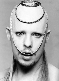 McQueen - The Face Magazine 1998 by Nick Knight Nick Knight Photography, Mode Bizarre, Alexandre Mcqueen, Alex Mcqueen, The Face Magazine, Mode Pop, Photocollage, Fashion Art, Fashion Design