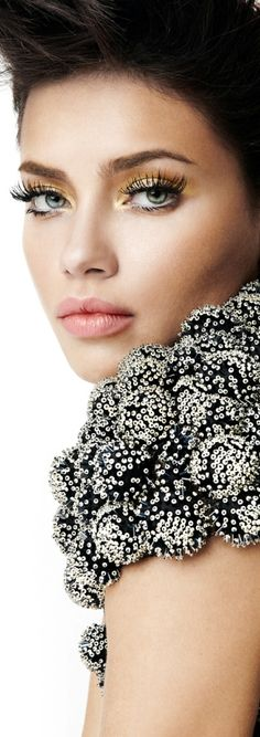 LOVE these lashes and makeup.               Adriana Lima Vogue Brazil