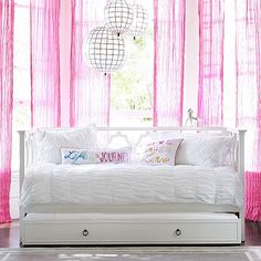 Elsie Daybed + Trundle, I really wish that this was available for shipping, I really do love this bed soooo much :(