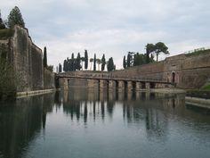 Peschiera del Garda varen Lake Garda, Italy, Italia