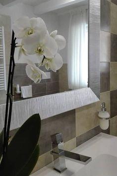 CASA UNIFAMILIARE T: Bagno in stile in stile classico di Sonia Santirocco architetto e home stager
