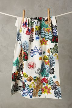 Wouldn't this Tree Grove Dishtowel be awesome to wrap a gift in? #HolladayWishbook #idea #anthrofave #anthroregistry- anthropologie.com