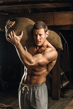 """Meet Black Sails actor Tom Hopper and find out how ostrich meat and HIIT workouts help the 6'5"""" actor stay lean"""