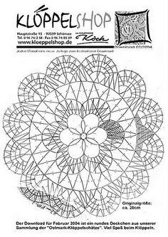 "ENCAJERAS DE BOLILLOS ""Ibn al Baytar"": enero 2011 Crochet Home, Irish Crochet, Bobbin Lacemaking, Bobbin Lace Patterns, Lace Heart, Lace Jewelry, Lace Making, Album, Crochet Doilies"