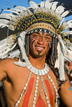 native american costume with feather headdress, american indian, burning man… American Indian Costume, American Indian Crafts, Native American Costumes, Indian Costumes, Native American Indians, Coachella, Tribal Face Paints, Native American Face Paint, Gypsy