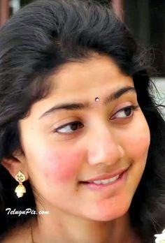 Beautiful Girl Photo, Beautiful Girl Indian, Most Beautiful Indian Actress, Indian Actress Hot Pics, Indian Actresses, Beautiful Celebrities, Beautiful Actresses, Sai Pallavi Hd Images, Indian Women Painting