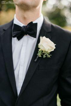 Groom Boutonniere, Rose Boutonniere, White Flower Boutonniere www.elegantwedding.ca