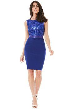 e84dca38116 Pouzdrové společenské šaty City Goddess Star modré Dejte vyniknout ženským  křivkám a tvarům. Krásné pouzdrové