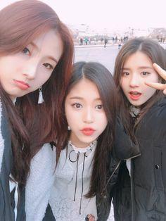 LOONA - Jo HaSeul 조하슬 with Kim HyunJin 김현진 & Jeon HeeJin 전희진 #이달의소녀