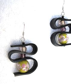 Items similar to Upcycled Recycled / Bicycle Inner Tube / Salvaged Purple / Yellow / Floral / Earrings on Etsy Recycled Jewelry, Handmade Jewelry, Unique Jewelry, Leather Jewelry, Leather Craft, Dyi Earrings, Tire Art, Purple Yellow, Leather Tooling
