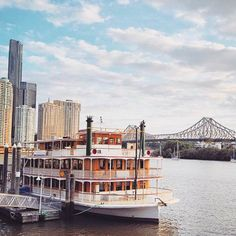 The beautiful Kookaburra Queen on the Brisbane River. Book now to experience the best views of Brisbane City. Brisbane River, Brisbane City, Brisbane Australia, River Queen, House Worth, Queenslander, Sunshine State, Rental Property, High Tea