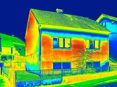 Thermografie: Der Blick durch die Wärmebildkamera: Mangelhafte Dämmung hat oft hohe Heizkosten, unbehagliches Raumklima und… #News #Fassade