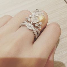 Angelababy's 6-carat customised Chaumet engagement ring, inspired by the Eiffel Tower // Celebrity wedding inspiration
