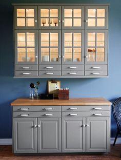 New Kitchen Grey Cabinets Ikea Gray 43 Ideas Ikea Kitchen Design, Kitchen Colors, Kitchen Decor, Kitchen Ideas, Grey Cabinets, White Kitchen Cabinets, Kitchen Grey, Kitchen Wood, Glass Cabinets