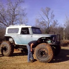 ||| mud on the tires ||| international scout 800 |||