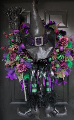 "Halloween Wreath - Wicked Witch of the West - ""Halloween Hat n' Boots Collection©"""