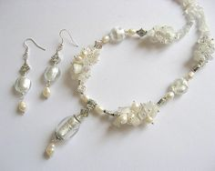 Margele murano, cristal, ochi de pisica si perle colier si cercei  - idei   cadouri femei - ocazie - pietre semipretioase Diy Jewelry, Jewerly, Pearl Necklace, Charmed, Pearls, Bracelets, String Of Pearls, Jewlery, Bijoux