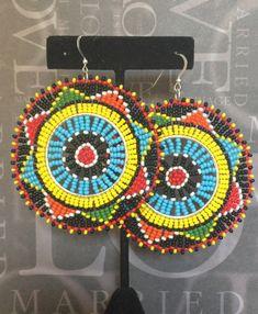 Semilla del grano Tribal inspirado disco colorido audaz grande Extra grande aretes brillantes arco iris del africano del sur colores