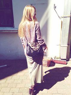 My look... #leatherjacket #leopardjeans #nike #sneaks #boyy #boyybag #bartonperreira #sunglasses #fashionblogger #oufit #maxidress #blouse  Visit my blog www.Lionsandwolves.com