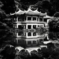 """reflection, contrast, lighting - perfect """"Tokyo - Shinjuku Gyoen Garden"""" by *angelreich angelreich.deviantart.com"""