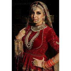 Saved a million dollar picture for a million fan family! 🤗🤗🤗 There you go my jaans! First picture from my bridal makeover shoot also my… Beautiful Indian Brides, Beautiful Indian Actress, Shrenu Parikh, Bridal Makeover, Prettiest Actresses, Punjabi Bride, Indian Tv Actress, Indian Look, Stylish Girl Pic