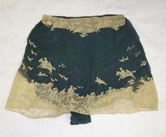 Blue silk, cream lace shallow French knickers by Hermine.