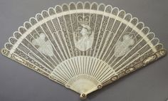 """longliveroyalty: """" Carved and pierced ivory fan held by Princess Frederica of Prussia during her wedding to Prince Frederick, Duke of York. """" Princess Frederica Charlotte of Prussia (Friederike. Hand Held Fan, Hand Fan, Prince Frederick, Antique Fans, Get Funky, Duke Of York, The Infernal Devices, Royal Jewels, Royal Fashion"""