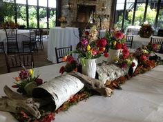 Love this woodsy centerpiece
