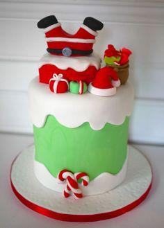 d by kikikaikai Mini Christmas Cakes, Christmas Cake Designs, Christmas Cake Decorations, Christmas Sweets, Holiday Cakes, Christmas Goodies, Christmas Baking, Cake Decorating Tips, Cookie Decorating