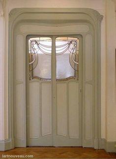 Hector Guimard (1867-1942). Hôtel Mezzara. 1910. 60 rue La Fontaine - Paris 16e - France