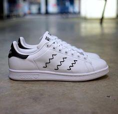 Adidas Stan Smith white/black zigzag spring 2016  Got it !