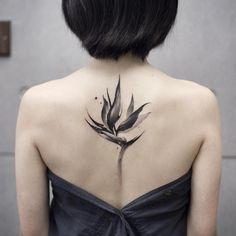 #bird #tattoos #tattooed #tattooistartmag #thebesttattooartists #watercolortattoo #tattooartmagazine #art #beijing #ink #tattoos #tattooed… #bestgirltattoos Creative Tattoos, Great Tattoos, Small Tattoos, Tattoos For Guys, Tattoos For Women, Bird Tattoos, Flower Tattoos, Body Art Tattoos, Tatoos